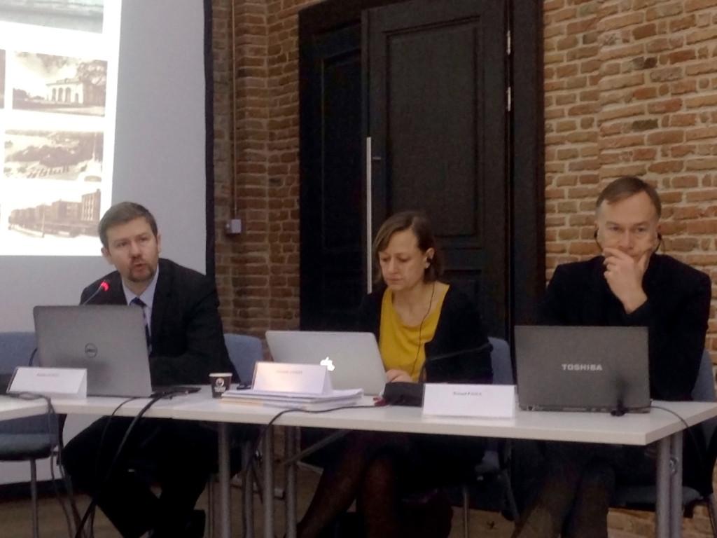 Bucureşti – Paris tur și retur (d'experience) în planificare urbană, locuire sau cât de departe este Bucureștiul…